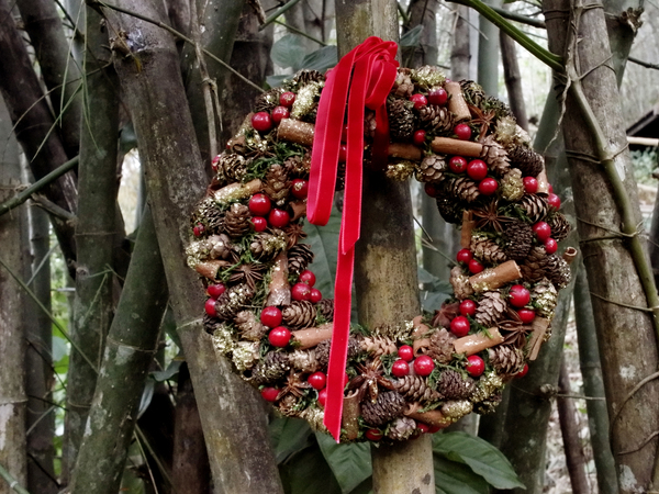 For home christmas wreaths and garlands